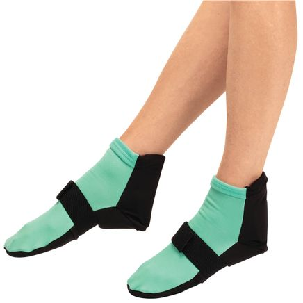 Hot and Cold Pain Relieving Gel Socks-368261