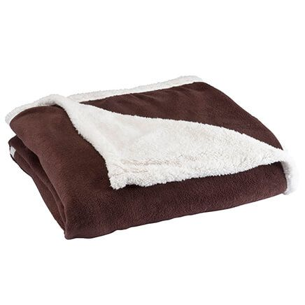 Ultra Plush Microfiber Sherpa Throw by OakRidge™-350029