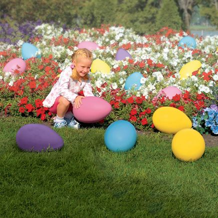 Giant Plastic Egg                               XL-309963