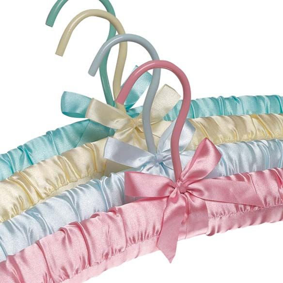 Satin Padded Hangers Set/4-311210