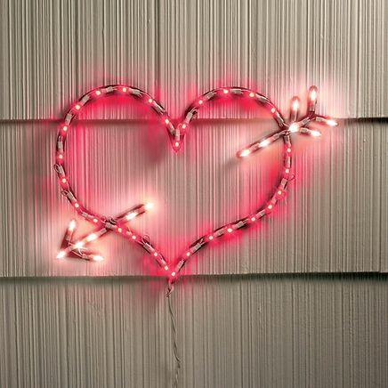 Lighted Arrow Heart-317836