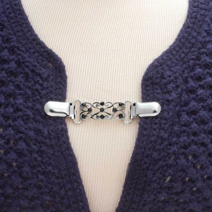 Decorative Sweater Clasp-358371