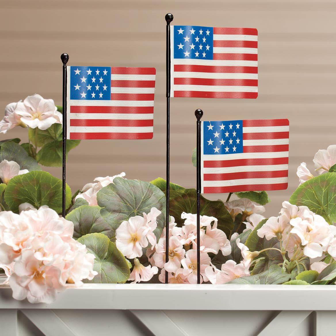 Metal American Flag Planter Stakes Set/3 by Fox River Creati-359517