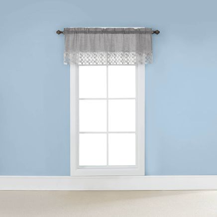 Lillian Rod Pocket Macramé Valance-362990