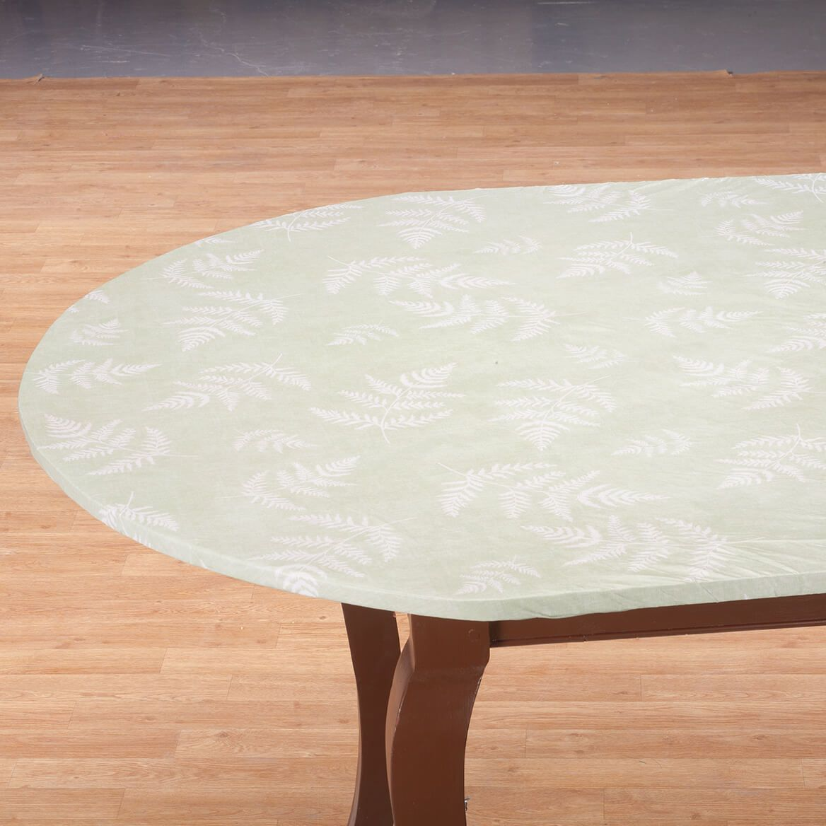 Fern Vinyl Elasticized Tablecover by Homestyle Kitchen-366983