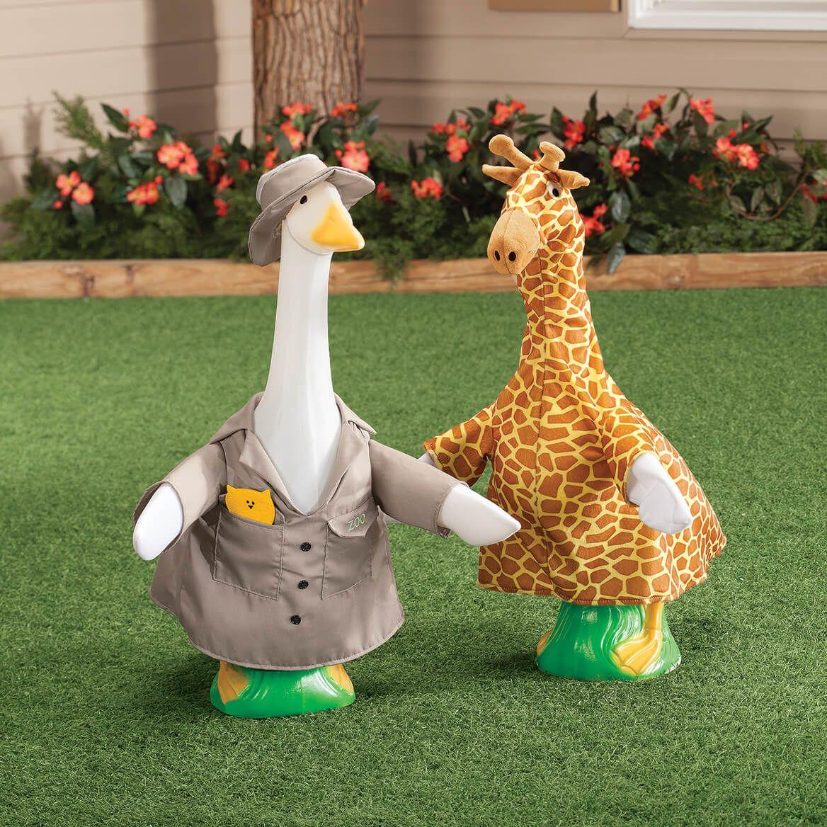 Giraffe Goose Outfit-367625