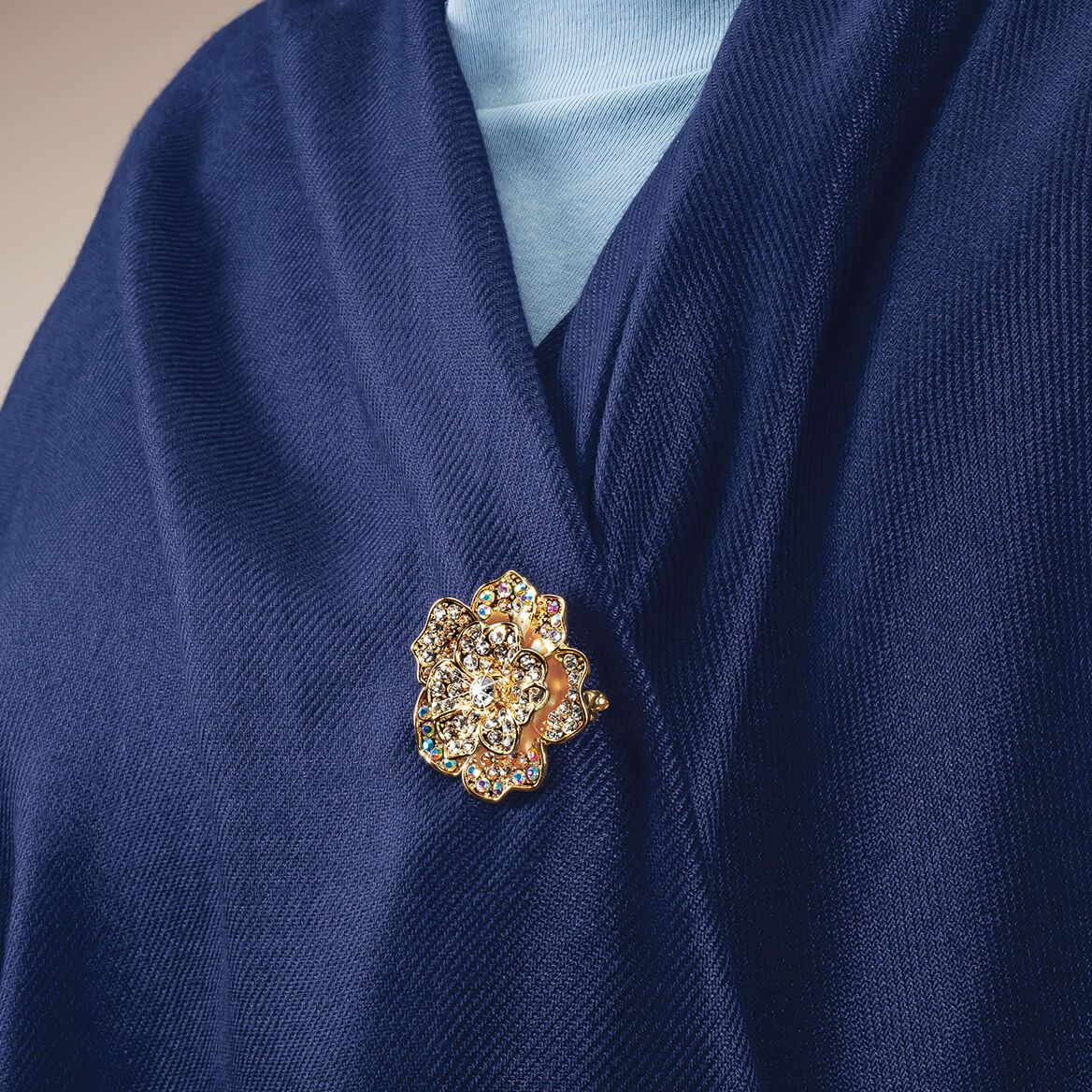 Goldtone Flower Pendant and Brooch Combination Necklace-369585
