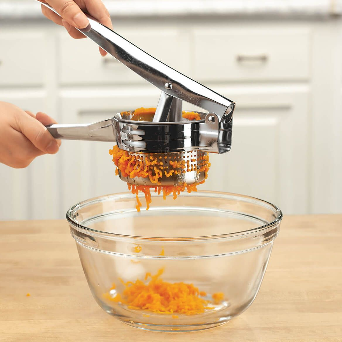 Stainless Steel Food Masher and Ricer-372359