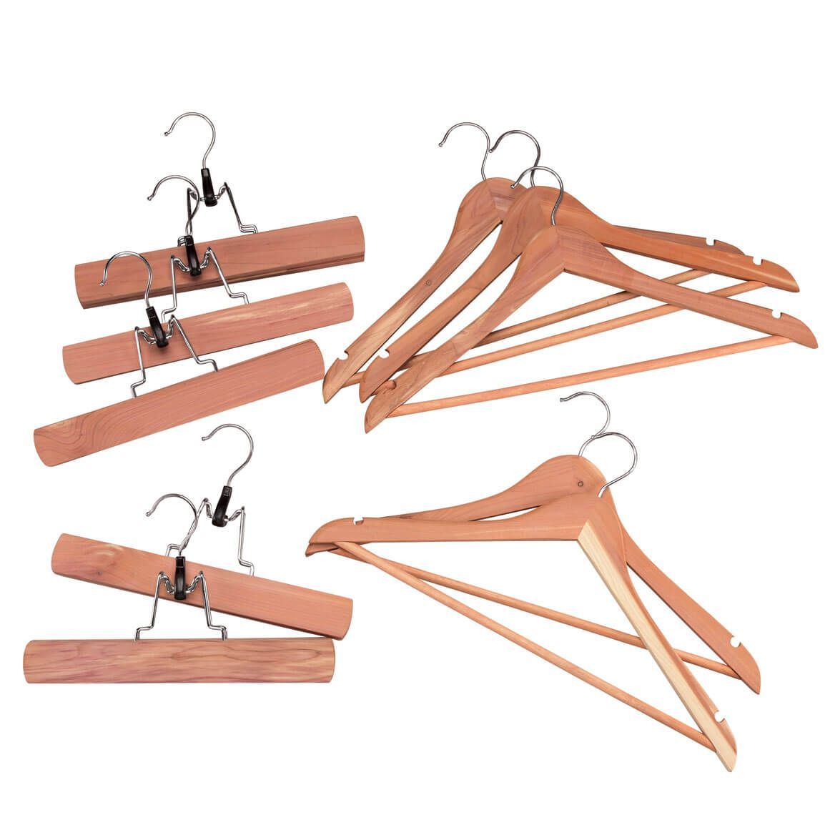 Essential Cedar Hangers Starter Kit by OakRidge™-357855