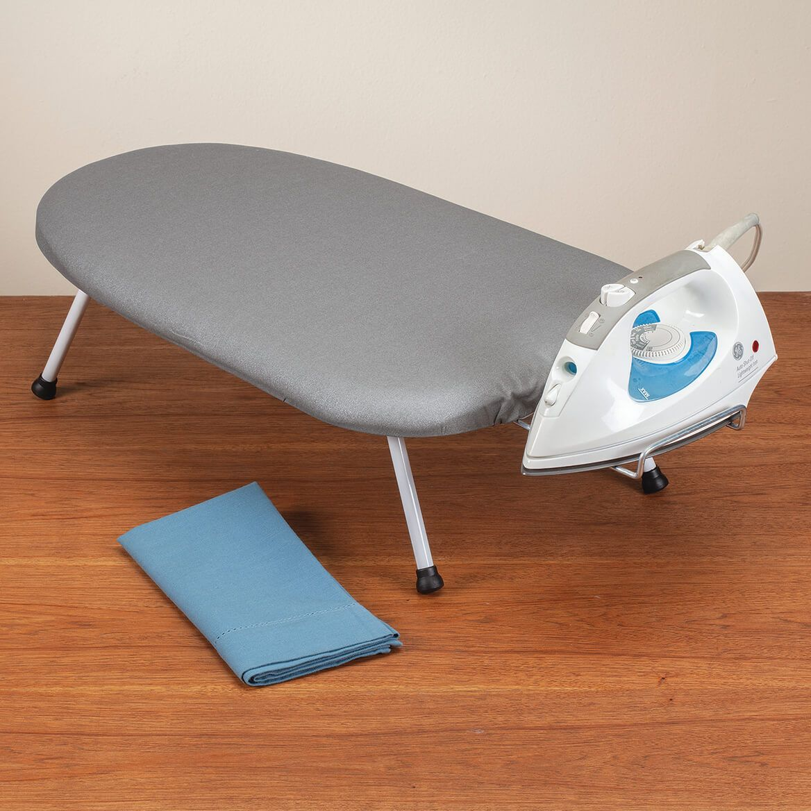 Tabletop Ironing Board                               XL-306102