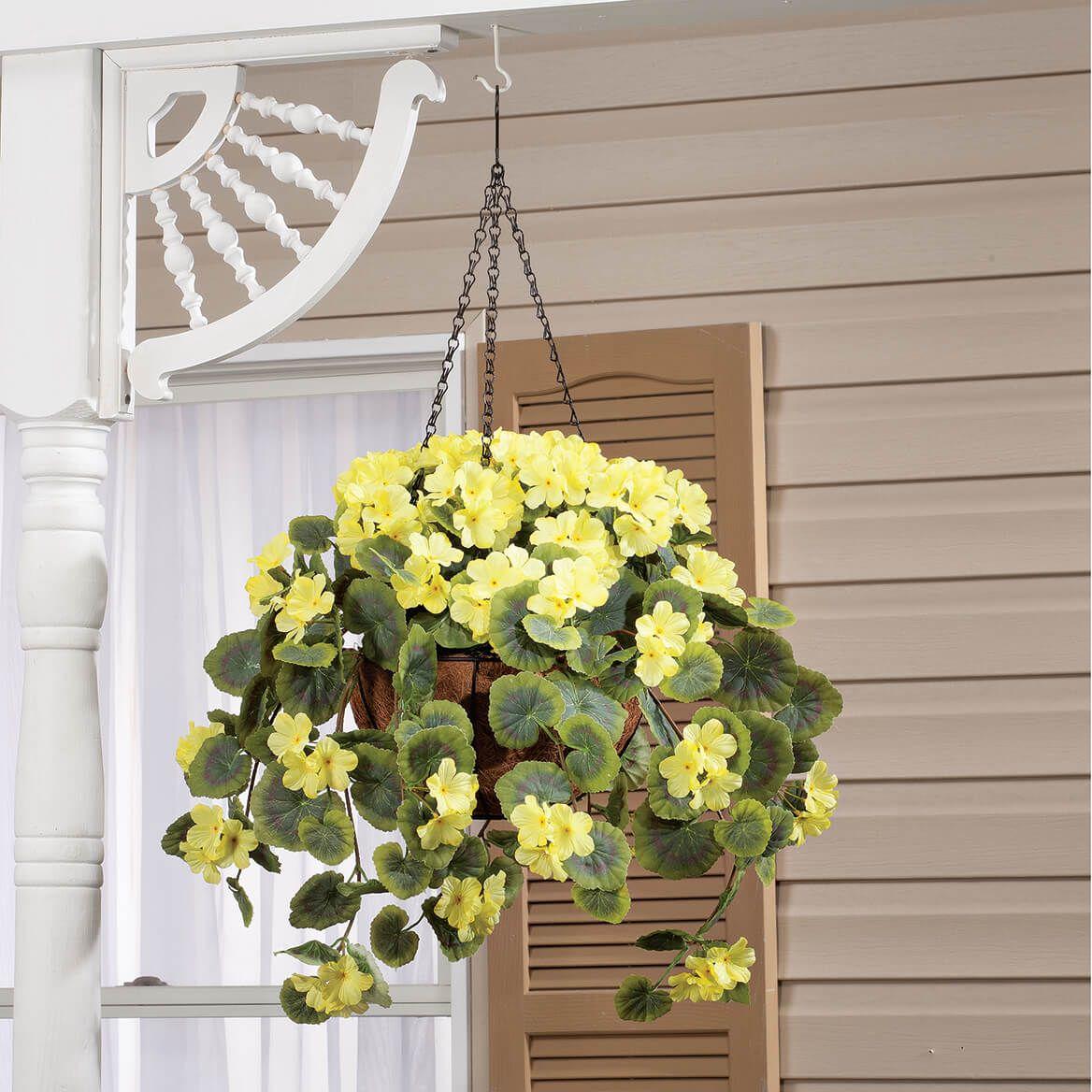 Fully Assembled Geranium Hanging Basket by OakRidge™-355015