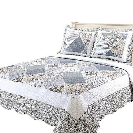 Camille 3-Piece Quilt Set by Oakridge®-370261
